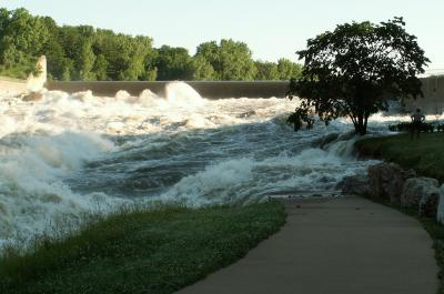 Dam flooding in Coralville, Iowa